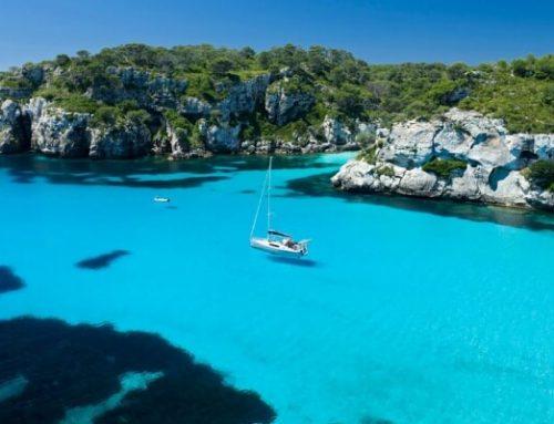 10 calas en Ibiza para visitar en barco